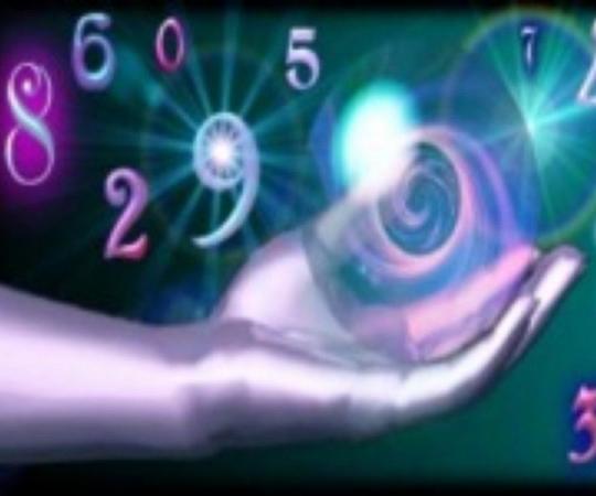 Половина россиян верит в приметы и «магические даты»