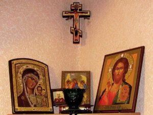 Icons 300x227 - 10 околоцерковных суеверий, которым не стоит верить