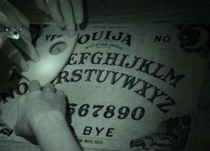 Ouija movie 300x215 - «Говорящая» доска Уиджа: кто на том конце провода?